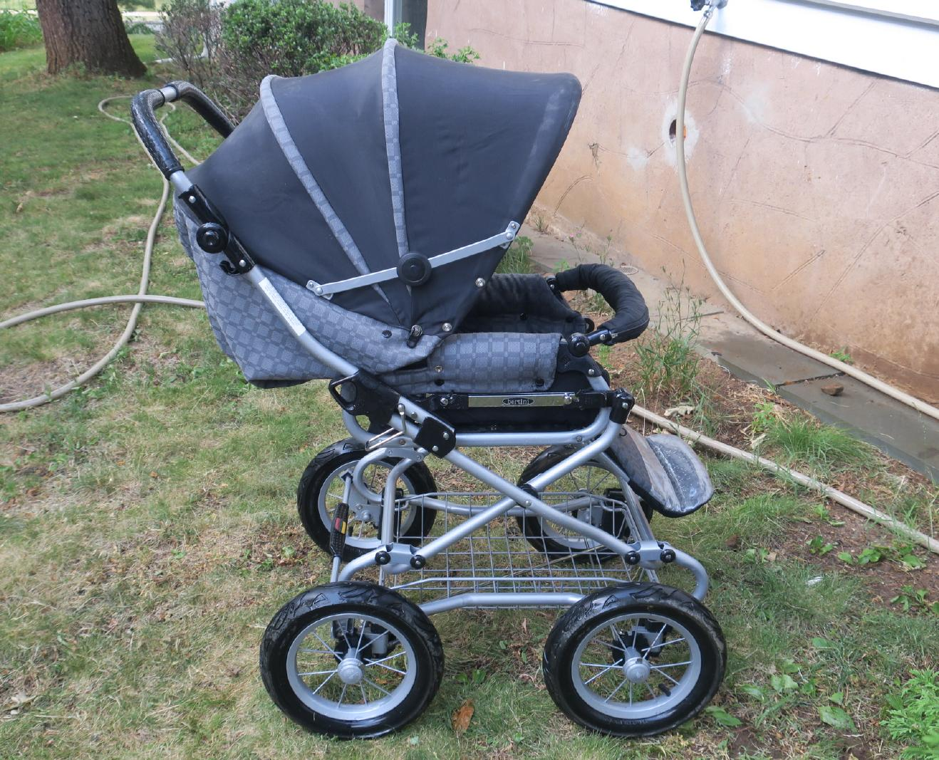 Bertini Pushchair