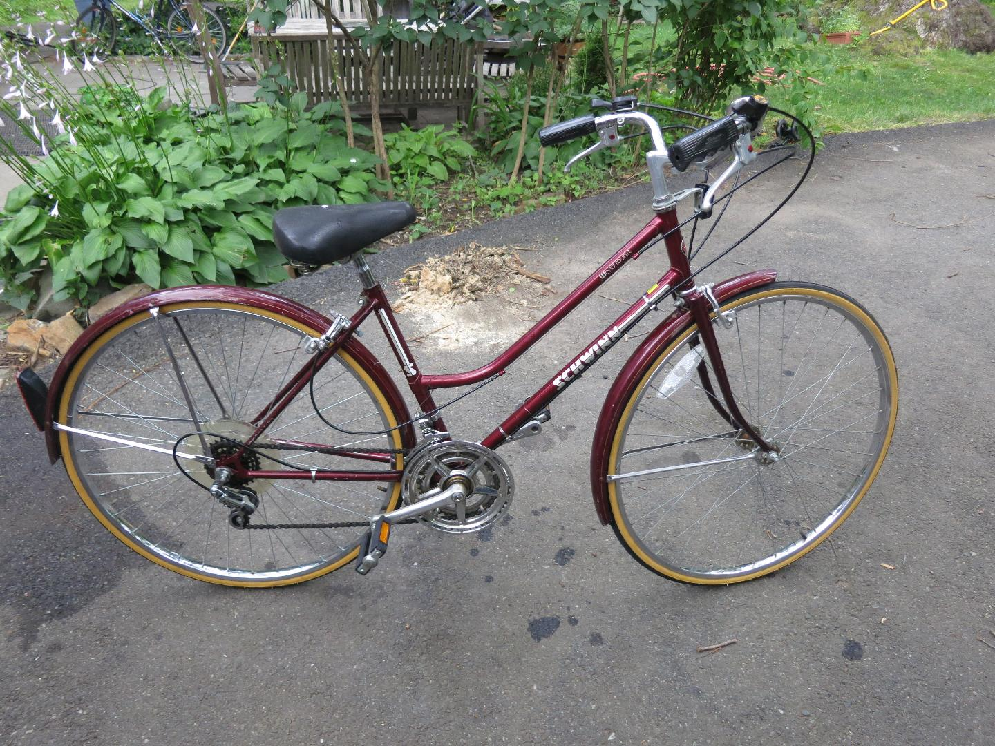 Schwinn World Tourist