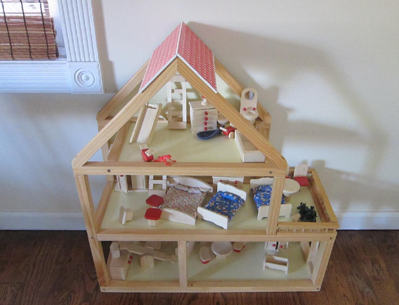 Stuff Page Dolls House